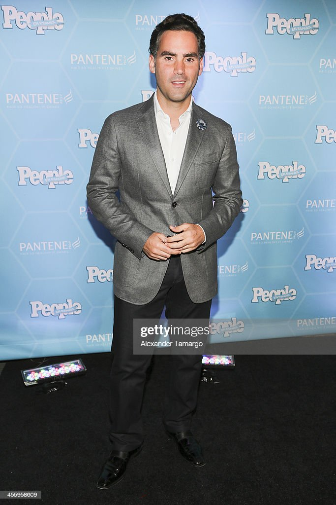 Enrique Acevedo arrives at the Estrellas Del Ano De People En Espanol party at The James Royal Palm Hotel on December 12, 2013 in Miami, Florida.