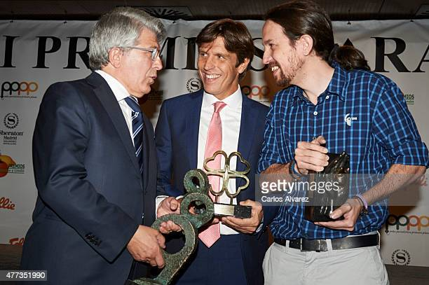 Enrique Cerezo Spanish bullfigther Manuel Diaz 'El Cordobes' and Party Podemos leader Pablo Iglesias attend the 'Naranja y Limon' awards 2015 at the...