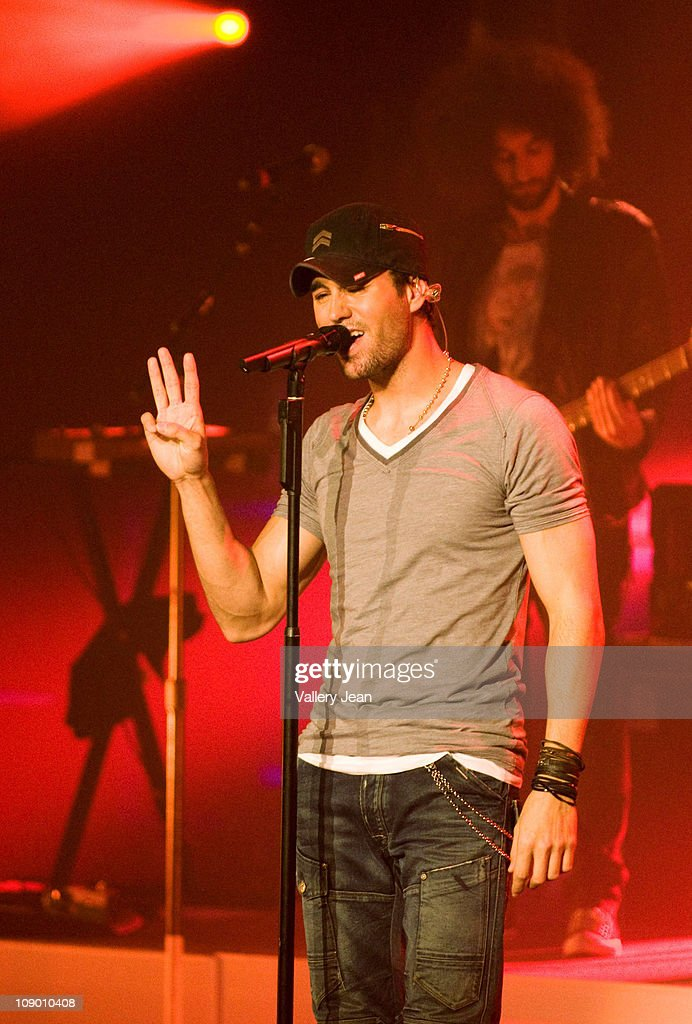 <a gi-track='captionPersonalityLinkClicked' href=/galleries/search?phrase=Enrique+Iglesias+-+Singer&family=editorial&specificpeople=202672 ng-click='$event.stopPropagation()'>Enrique Iglesias</a> performs during the <a gi-track='captionPersonalityLinkClicked' href=/galleries/search?phrase=Enrique+Iglesias+-+Singer&family=editorial&specificpeople=202672 ng-click='$event.stopPropagation()'>Enrique Iglesias</a> Euphoria concert at Hard Rock Live! in the Seminole Hard Rock Hotel & Casino on February 10, 2011 in Hollywood, Florida.