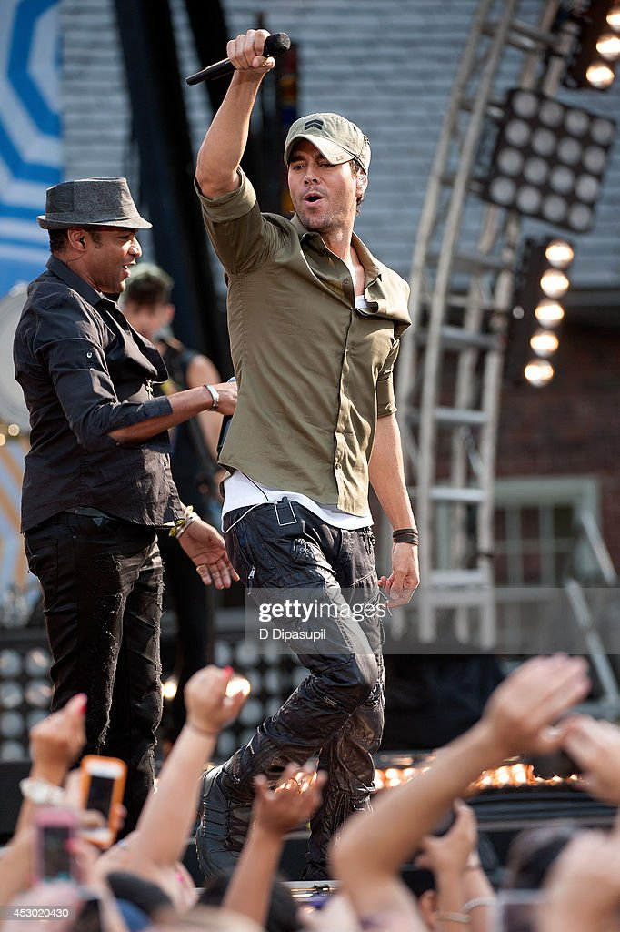 Enrique Iglesias performs on ABC's 'Good Morning America' at Rumsey Playfield, Central Park on August 1, 2014 in New York City.
