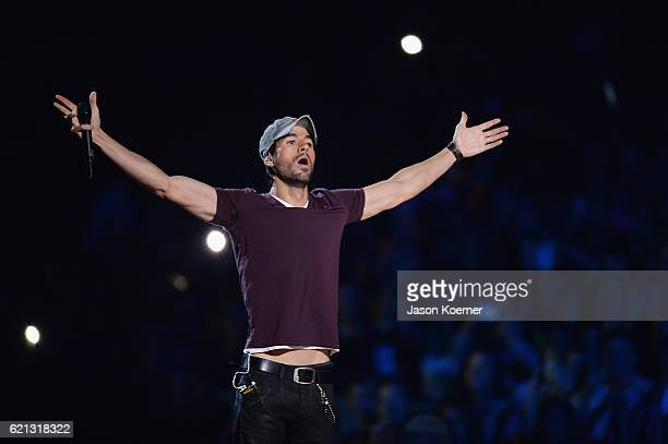 Enrique Iglesias performs on stage at iHeartRadio Fiesta Latina at American Airlines Arena on November 5 2016 in Miami Florida