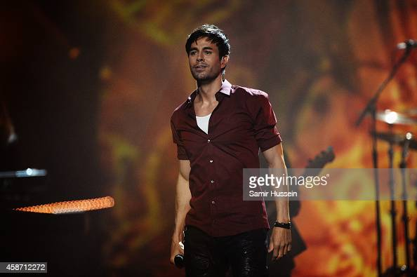 Enrique Iglesias performs on stage during the MTV EMA's 2014 at The Hydro on November 9 2014 in Glasgow Scotland