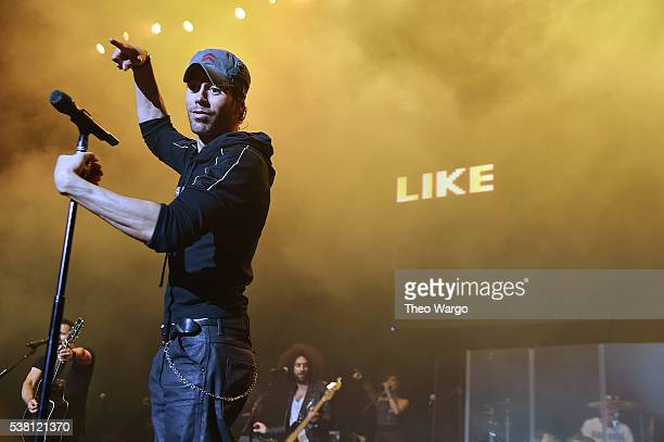 Enrique Iglesias performs onstage during 1035 KTU's KTUphoria 2016 presented by Aruba at Nikon at Jones Beach Theater on June 4 2016 in Wantagh NY