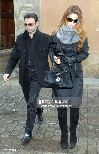 Enrique Ponce and Paloma Cuevas attend the funeral and burial for Baron of Alacuas Federico Trenor y Trenor on November 6 2012 in Valencia Spain