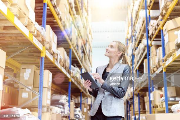 Ensuring deliveries in distribution warehouse