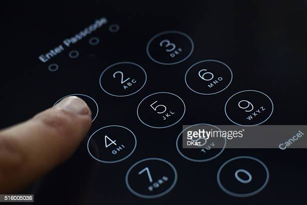 Enter passcode screen of iOS 8