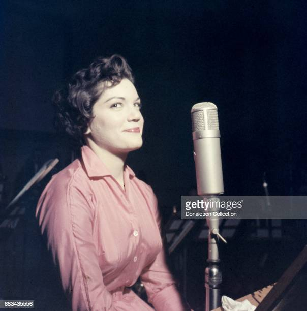 Entertainer Connie Francis records in the studio in circa 1959 in New York