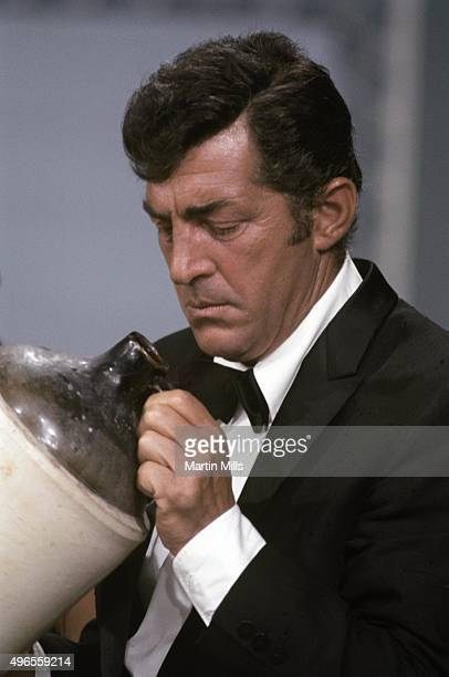 Entertainer Dean Martin on the set of 'The Dean Martin Show' in 1967 in Los Angeles California