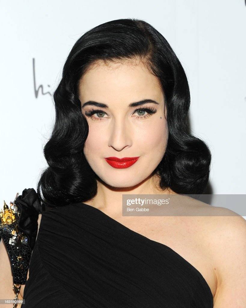 Entertainer <a gi-track='captionPersonalityLinkClicked' href=/galleries/search?phrase=Dita+Von+Teese&family=editorial&specificpeople=210578 ng-click='$event.stopPropagation()'>Dita Von Teese</a> attends the 'Dukes Of Melrose' Premiere at 583 Park Avenue on March 5, 2013 in New York City.