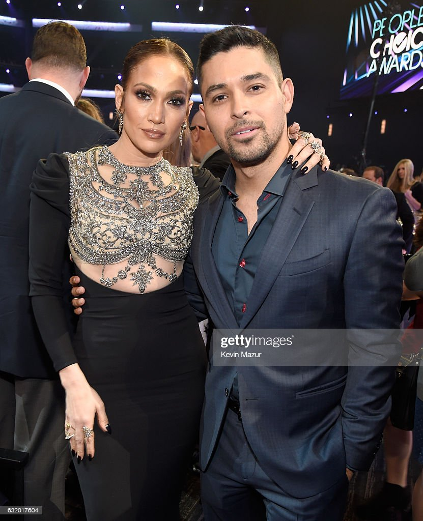 entertainer-jennifer-lopez-and-actor-wilmer-valderrama-onstage-during-picture-id632017604