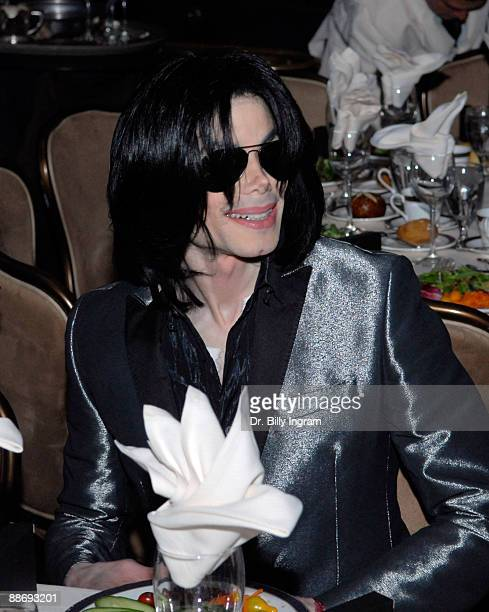 Entertainer Michael Jackson attends Jesse Jackson's 65th birthday at the Beverly Hilton Hotel on November 8 2007 in Beverly Hills California