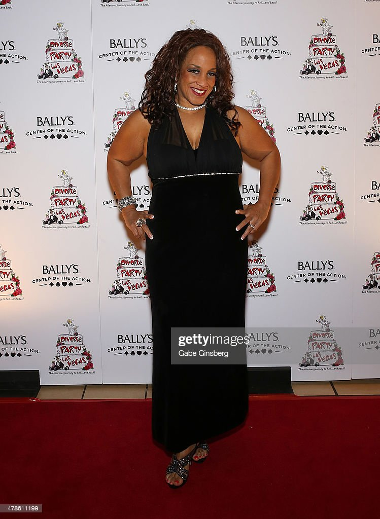 Entertainer Michelle Johnson arrives at the Las Vegas premiere of 'Divorce Party' at the Windows Showroom at Bally's Las Vegas on March 13, 2014 in Las Vegas, Nevada.