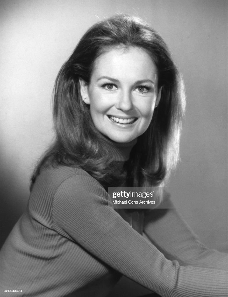 Entertainer Shelley Fabares poses portrays Jenny Bedford in the comedy television series 'The Practice' on January 9 1976