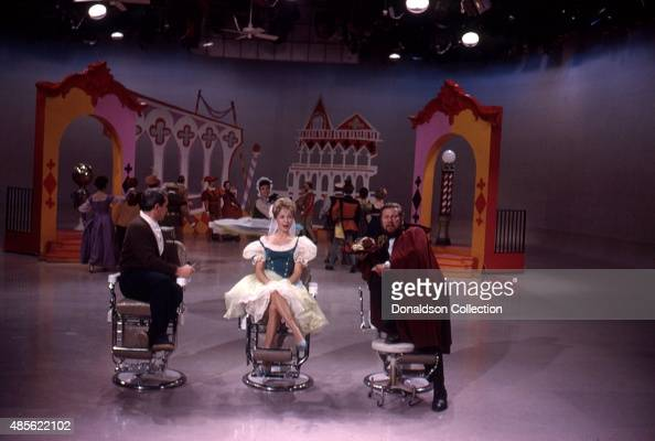 Entertainers Perry Como Jane Powell and Peter Ustinov on the TV show 'Perry Como's Kraft Music Hall' in New York