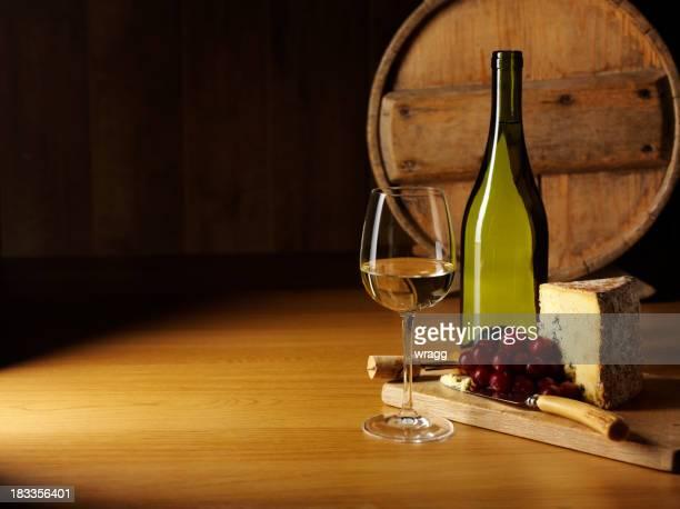 Entretenimento com queijo e Vinho