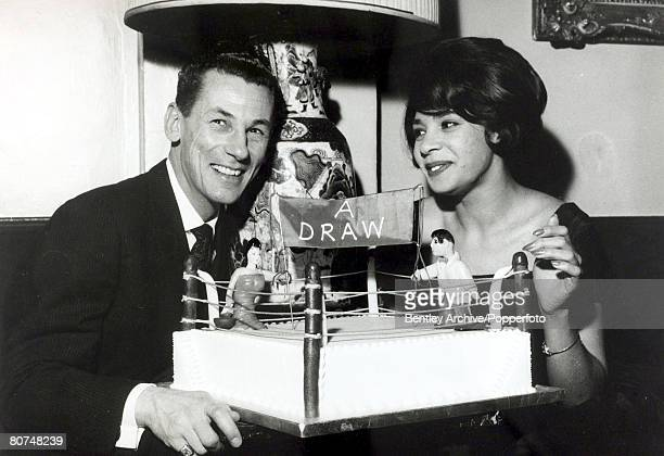 Entertainment / Music Personalities pic 13th January 1961 British singing star Shirley Bassey pictured with theatrical manager Michael Sullivan after...