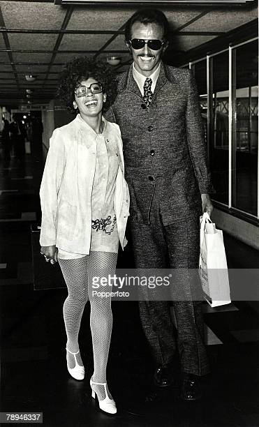 Entertainment / Music Personalities pic circa 1972British singing star Shirley Bassey pictured with her husband/manager Sergio Novak as they head for...