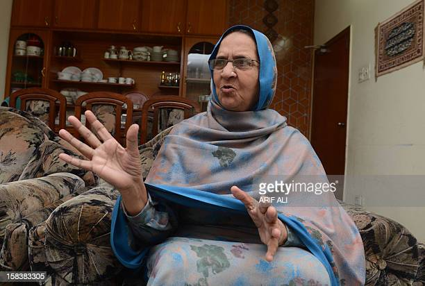 EntertainmentPakistanBritainmusicFOCUS by Waqar Hussain This picture taken on December 14 2012 shows Kalsoom Akhtar the Pakistani mother of singer...