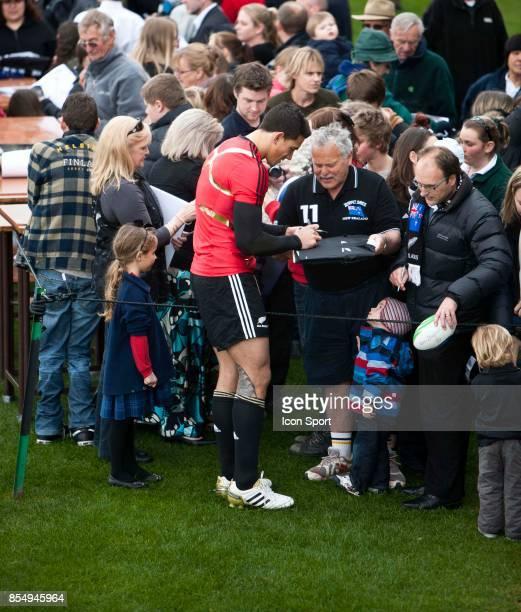 ENtrainement des All Blacks Sonny Bill WILLIAMS et les supporters Coupe du Monde de Rugby 2011
