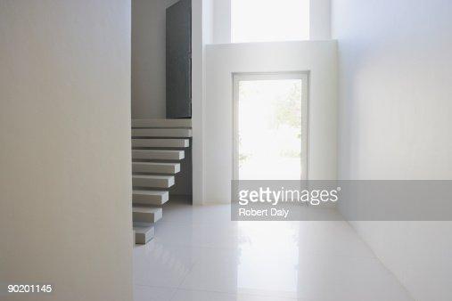 Eingang und Treppe des modernen home