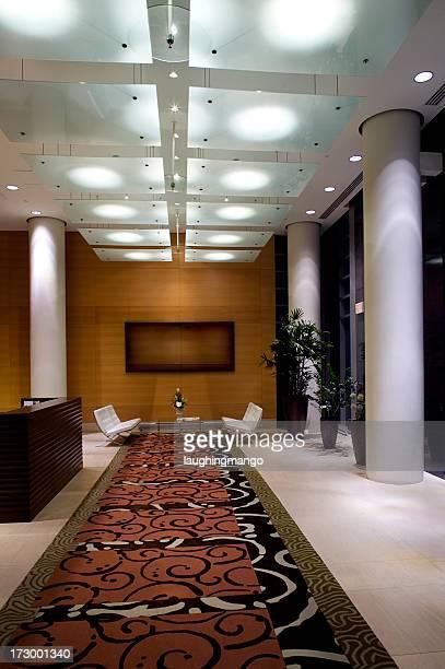 Couloir de l'entrée d'un appartement de luxe