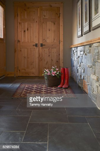 Entrance of chalet : Stock-Foto