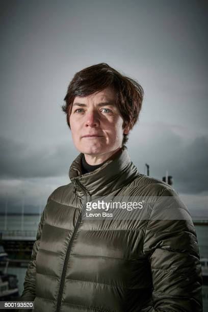 ellen macarthur What do you learn when you sail around the world on your own when solo sailor ellen macarthur circled the globe - carrying everything she needed with her - she came back with new insight into the way the world works, as a place of interlocking cycles and finite resources, where the.