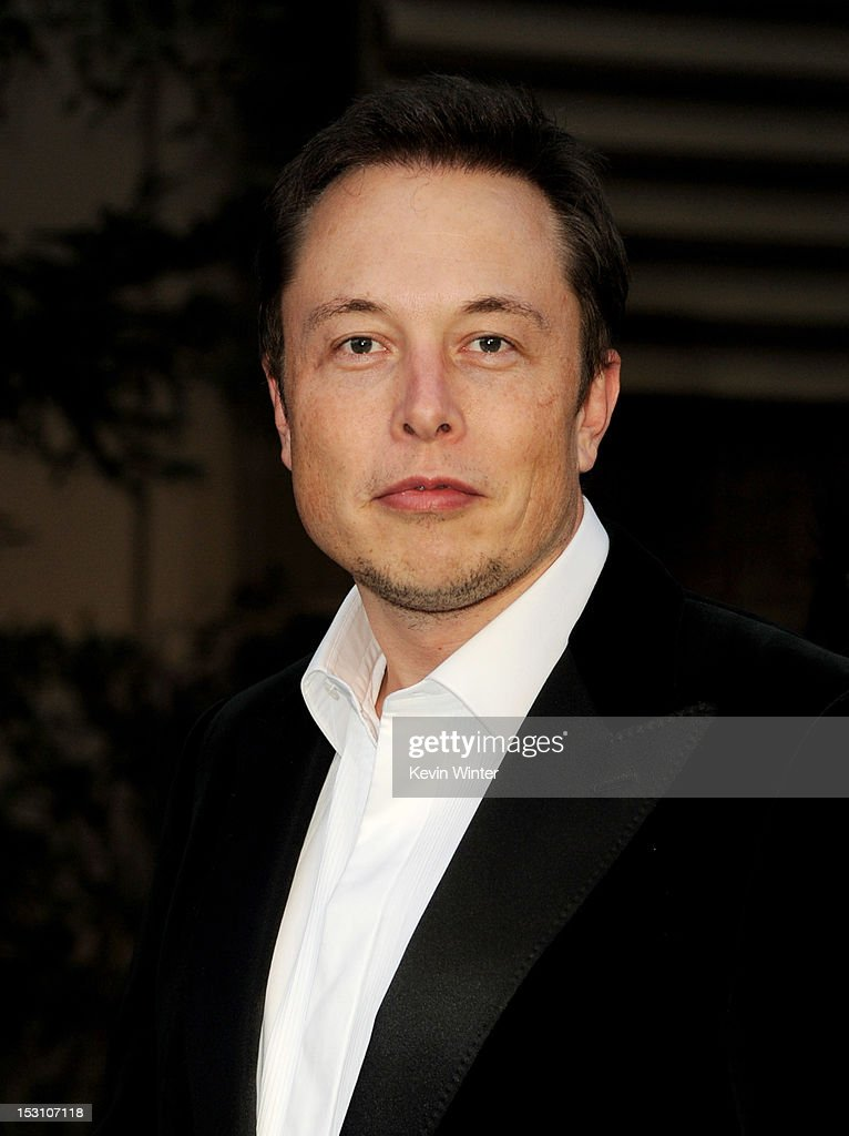 Entreprenuer <a gi-track='captionPersonalityLinkClicked' href=/galleries/search?phrase=Elon+Musk&family=editorial&specificpeople=4448862 ng-click='$event.stopPropagation()'>Elon Musk</a> arrives at the 2012 Environmental Media Awards at Warner Brothers Studios on September 29, 2012 in Burbank, California.