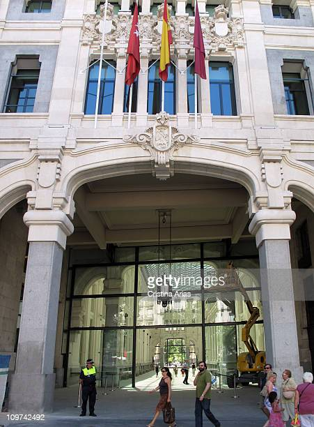Entry to the glazed gallery of the Palace of Communications now Madrid City Hall by Rodriguez Partearroyo architect june 2010