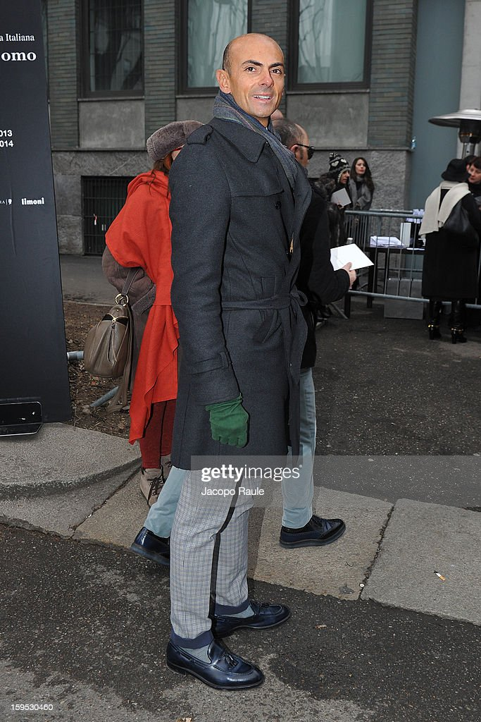 Enzo Miccio arrives at Giorgio Armani during Milan Fashion Week Menswear Autumn/Winter 2013 on January 15, 2013 in Milan, Italy.