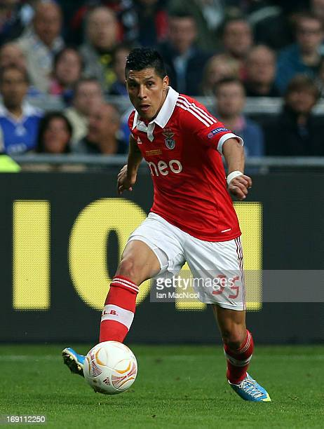 Enzo Perez of SL Benfica in action during the Europa League Final match between Chelsea and SL Benfica at The Amsterdam Arena on May 15 2013 in...
