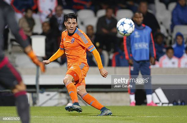 Enzo Perez of Valencia CF in action during the UEFA Champions league match between Olympic Lyonnais and Valencia CF at Stade de Gerland on September...