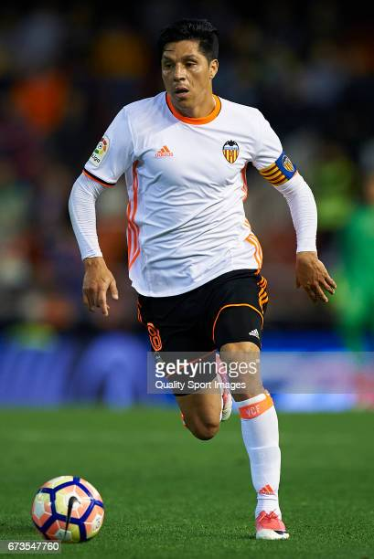 Enzo Perez of Valencia in action during the La Liga match between Valencia CF and Real Sociedad de Futbol at Mestalla Stadium on April 26 2017 in...