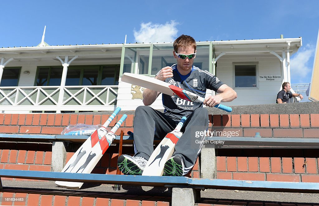 <a gi-track='captionPersonalityLinkClicked' href=/galleries/search?phrase=Eoin+Morgan&family=editorial&specificpeople=689581 ng-click='$event.stopPropagation()'>Eoin Morgan</a> of England regrips his bats during a England nets session at Basin Reserve on February 14, 2013 in Wellington, New Zealand.