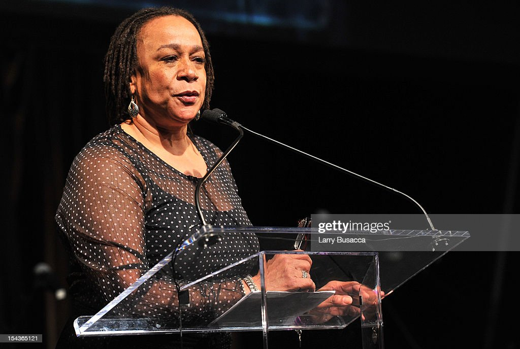 S. Epatha Merkerson attends Lupus Foundation of America Butterfly Gala 2012 at Gotham Hall on October 18, 2012 in New York City.