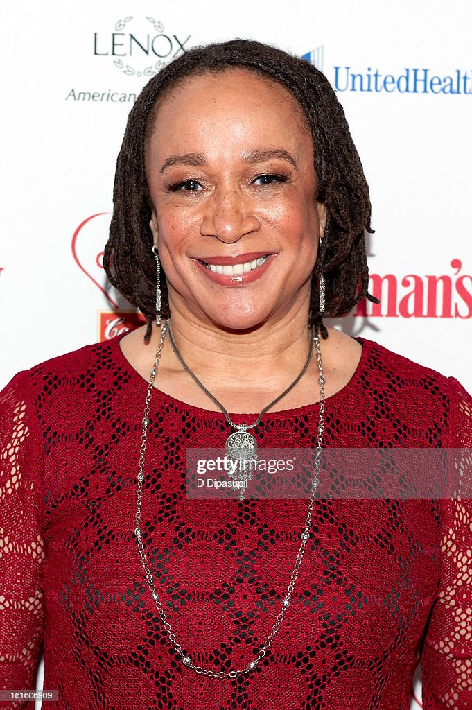S. Ephatha Merkerson attends the 10th Annual Red Dress Awards at Jazz at Lincoln Center on February 12, 2013 in New York City.