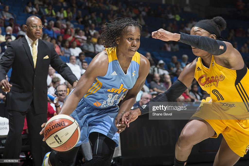 <a gi-track='captionPersonalityLinkClicked' href=/galleries/search?phrase=Epiphanny+Prince&family=editorial&specificpeople=490901 ng-click='$event.stopPropagation()'>Epiphanny Prince</a> #10 of the Chicago Sky drives against the Tulsa Shock during the WNBA game on July 27, 2014 at the BOK Center in Tulsa, Oklahoma.