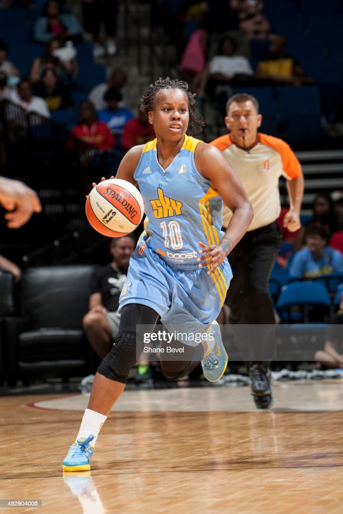 <a gi-track='captionPersonalityLinkClicked' href=/galleries/search?phrase=Epiphanny+Prince&family=editorial&specificpeople=490901 ng-click='$event.stopPropagation()'>Epiphanny Prince</a> #10 of the Chicago Sky moves the ball up-court against the Tulsa Shock on July 27, 2014 at the BOK Center in Tulsa, Oklahoma.