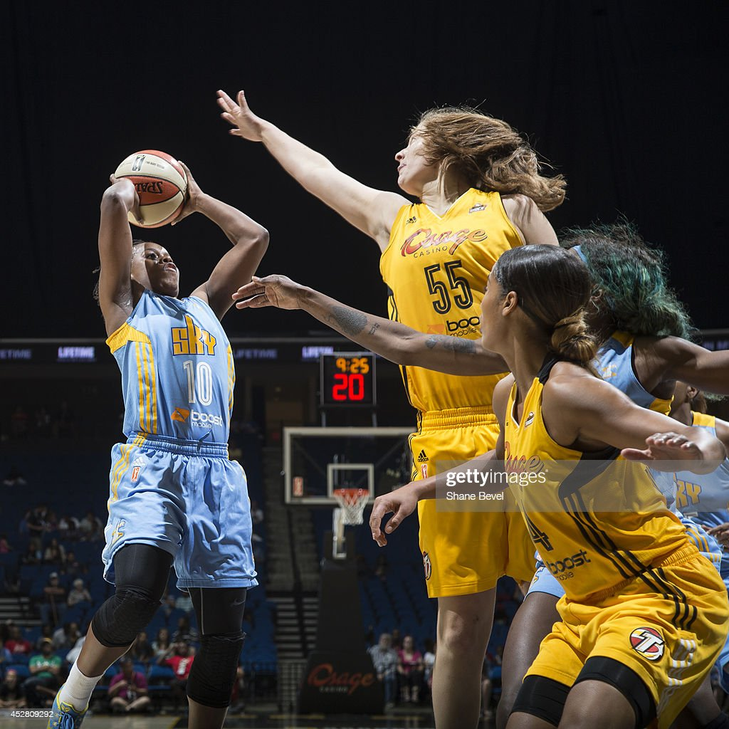 <a gi-track='captionPersonalityLinkClicked' href=/galleries/search?phrase=Epiphanny+Prince&family=editorial&specificpeople=490901 ng-click='$event.stopPropagation()'>Epiphanny Prince</a> #10 of the Chicago Sky shoots against the Tulsa Shock during the WNBA game on July 27, 2014 at the BOK Center in Tulsa, Oklahoma.