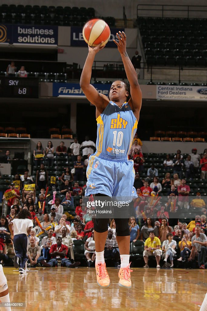 Epiphanny Prince of the Chicago Sky shoots during game one of the 2014 WNBA Eastern Conference Finals against the Indiana Fever on August 30 2014 at...