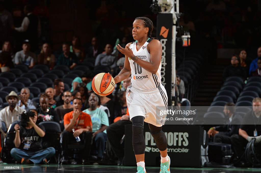 Epiphanny Prince of the New York Liberty dribbles up court against the Washington Mystics during game One of the WNBA SemiFinals at Madison Square...