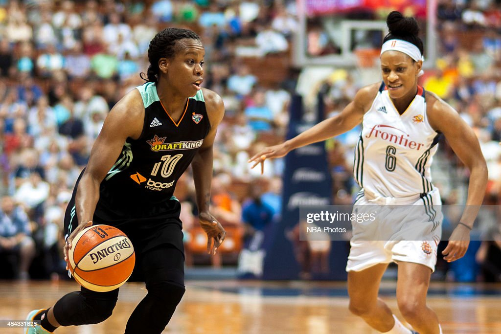 Epiphanny Prince of the New York Liberty handles the ball against the Connecticut Sun on August 14 2015 at the Mohegan Sun Arena in Uncasville...