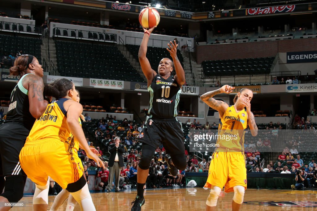 Epiphanny Prince #10 of the New York Liberty shoots the ball during the game against the Indiana Fever during a WNBA game on August 23, 2017 at Bankers Life Fieldhouse in Indianapolis, Indiana.