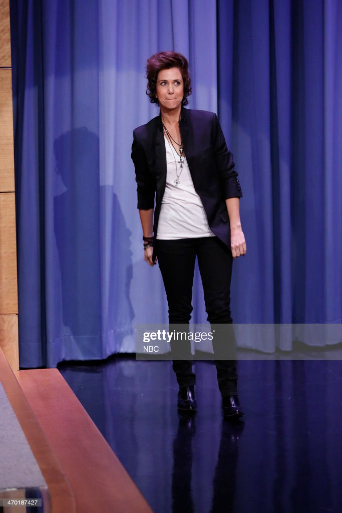 Actress <a gi-track='captionPersonalityLinkClicked' href=/galleries/search?phrase=Kristen+Wiig&family=editorial&specificpeople=4029391 ng-click='$event.stopPropagation()'>Kristen Wiig</a> arrives on February 18, 2014 --