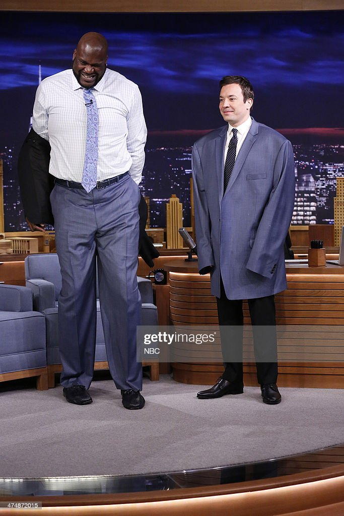 Shaquille O'Neal and host Jimmy Fallon swap jackets on February 25 2014
