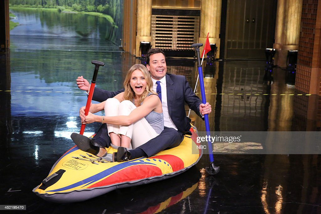 Actress <a gi-track='captionPersonalityLinkClicked' href=/galleries/search?phrase=Cameron+Diaz&family=editorial&specificpeople=201892 ng-click='$event.stopPropagation()'>Cameron Diaz</a> during a kayak race with host Jimmy Fallon on July 15, 2014 --