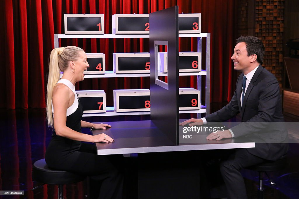 Actress <a gi-track='captionPersonalityLinkClicked' href=/galleries/search?phrase=Kate+Hudson&family=editorial&specificpeople=156407 ng-click='$event.stopPropagation()'>Kate Hudson</a> plays 'Box of Lies' with host Jimmy Fallon on July 21, 2014 --