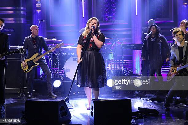 Musical guest Kelly Clarkson performs on March 2 2015