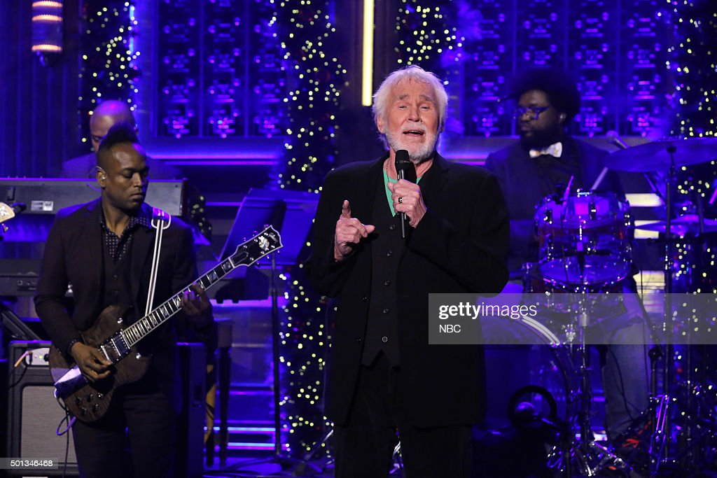 Musical guest <a gi-track='captionPersonalityLinkClicked' href=/galleries/search?phrase=Kenny+Rogers+-+Singer&family=editorial&specificpeople=4246341 ng-click='$event.stopPropagation()'>Kenny Rogers</a> performs with The Roots on December 14, 2015 --