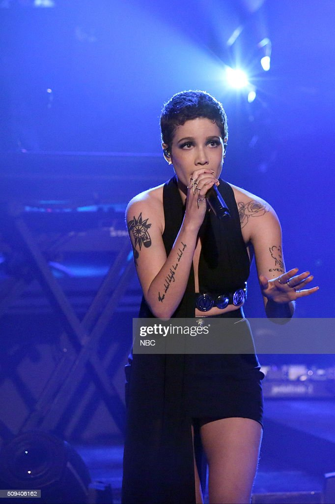 Musical guest <a gi-track='captionPersonalityLinkClicked' href=/galleries/search?phrase=Halsey+-+Singer&family=editorial&specificpeople=14181644 ng-click='$event.stopPropagation()'>Halsey</a> performs on February 10, 2016 --